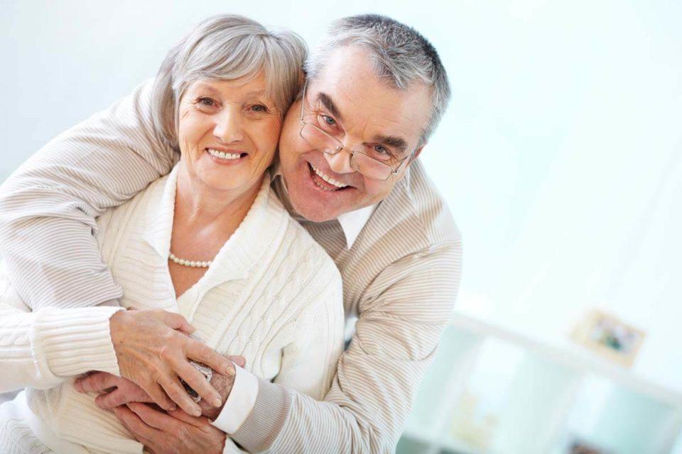 Jak prawidłowo dbać o implanty zębów?